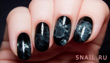черные ногти мраморные