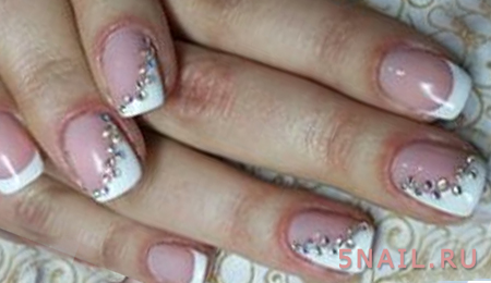 французские ногти по диагонали