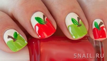 яблочки на ногтях
