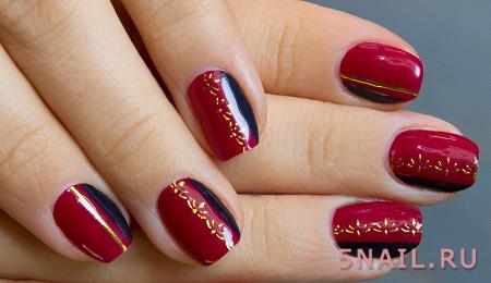 блестки на красных ногтях