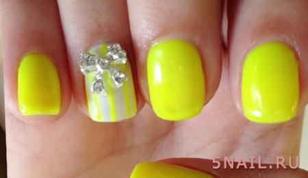лимонный лак с украшением