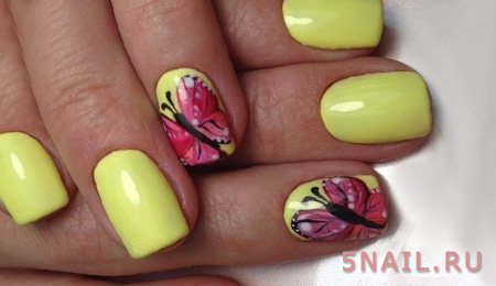 лимонные ногти с бабочками