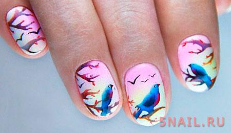 Картина на ногтях: птицы счастья в ожидании отлета на юг