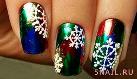 наклейки снежинки на ногтях