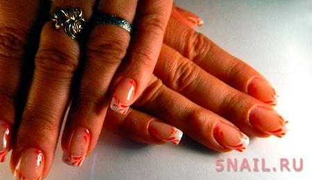 линия улыбки на ногтях