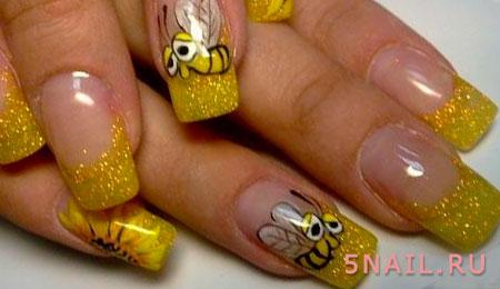 маникюр с пчелами