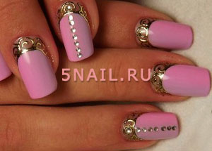 литье на ногтях