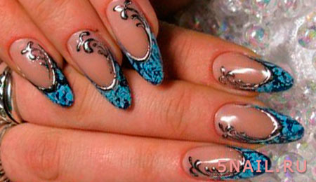 декор на ногтях из фольги