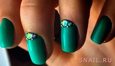 зеленые ногти одноцветные