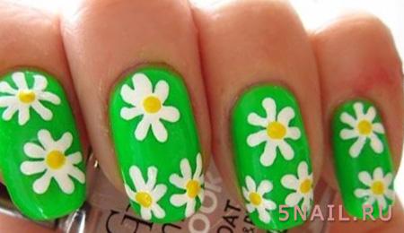 зеленый лак с цветами