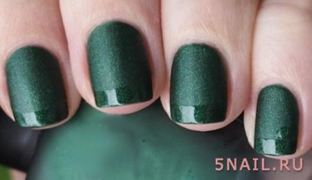 темно зеленые ногти
