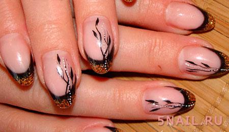 золотисто черный кончик ногтей