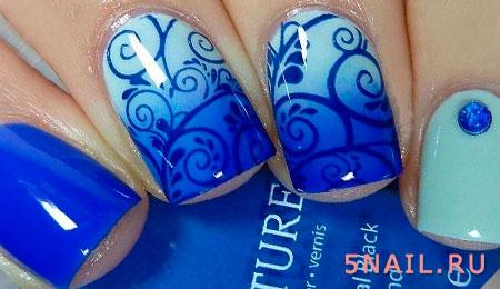 маникюр голубой и синий