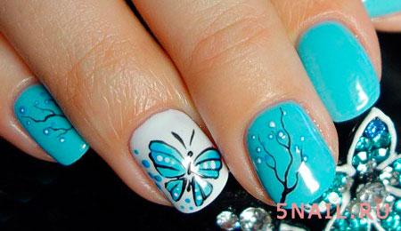 ногти с бабочкой