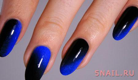 черно синий градиент на ногтях