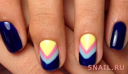 разноцветная геометрия на ногтях