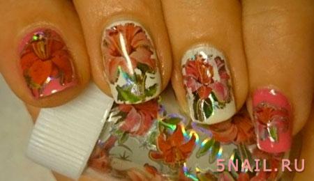 нейл арт с цветами из фольги
