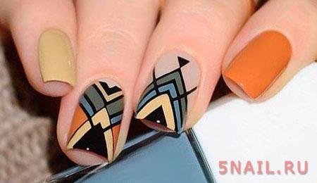 сложный рисунок геометрия на ногтях